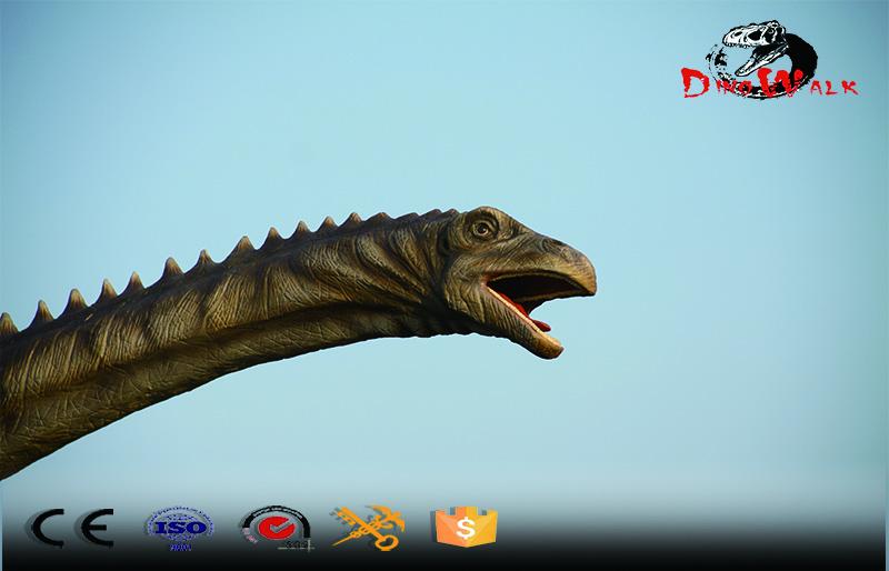 Animatronic Dinosaur simulation Diplodocus model