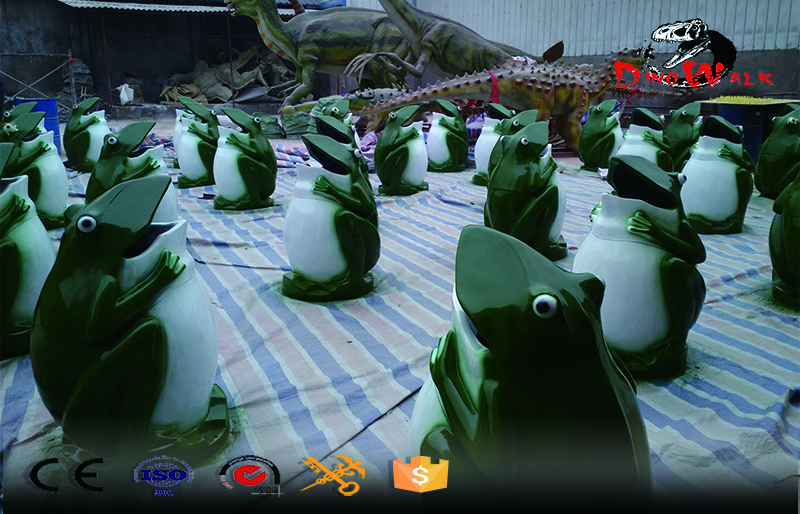 fiberglass trash cans in frog shape