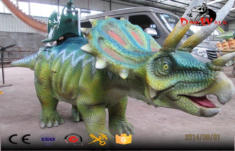 Jurassic park dinosaur simulation walkeing dinosaure ride
