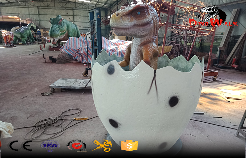 animatronic baby dinosaur with hatching egg