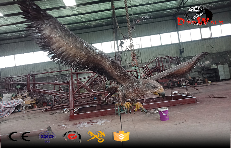 animatronic eagle with movement simulation