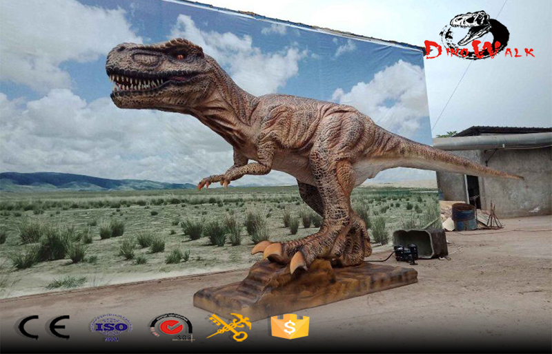 some animatronic dinosaurs were sent to Hungary