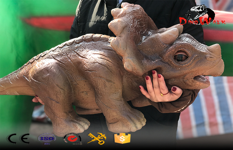 animatronic Triceratops hand puppet for show
