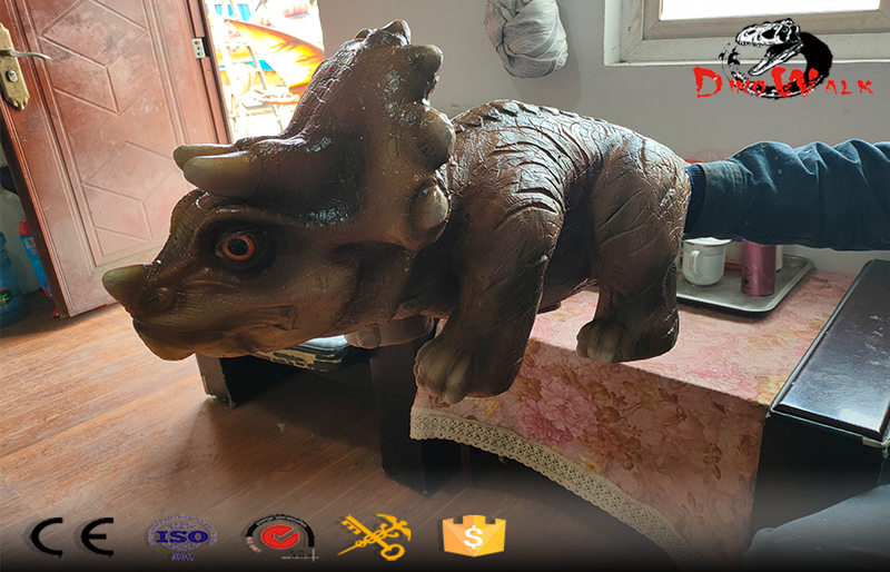 animatronic triceratops hand puppet