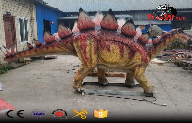 animatronic stegosaurus dinosaur model for dino park