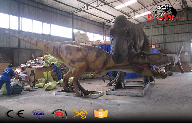 dinosaur park animatronic fighting dinosaurs