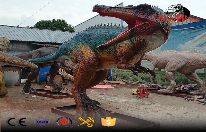gaint animatronic dinosaur Baryonyx